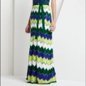 BCBGMaxAzria pretty knit chevron maxi halter dress
